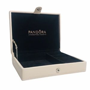 PANDORA UNFORGETTABLE MOMENTS LEATHER JEWELRY BOX